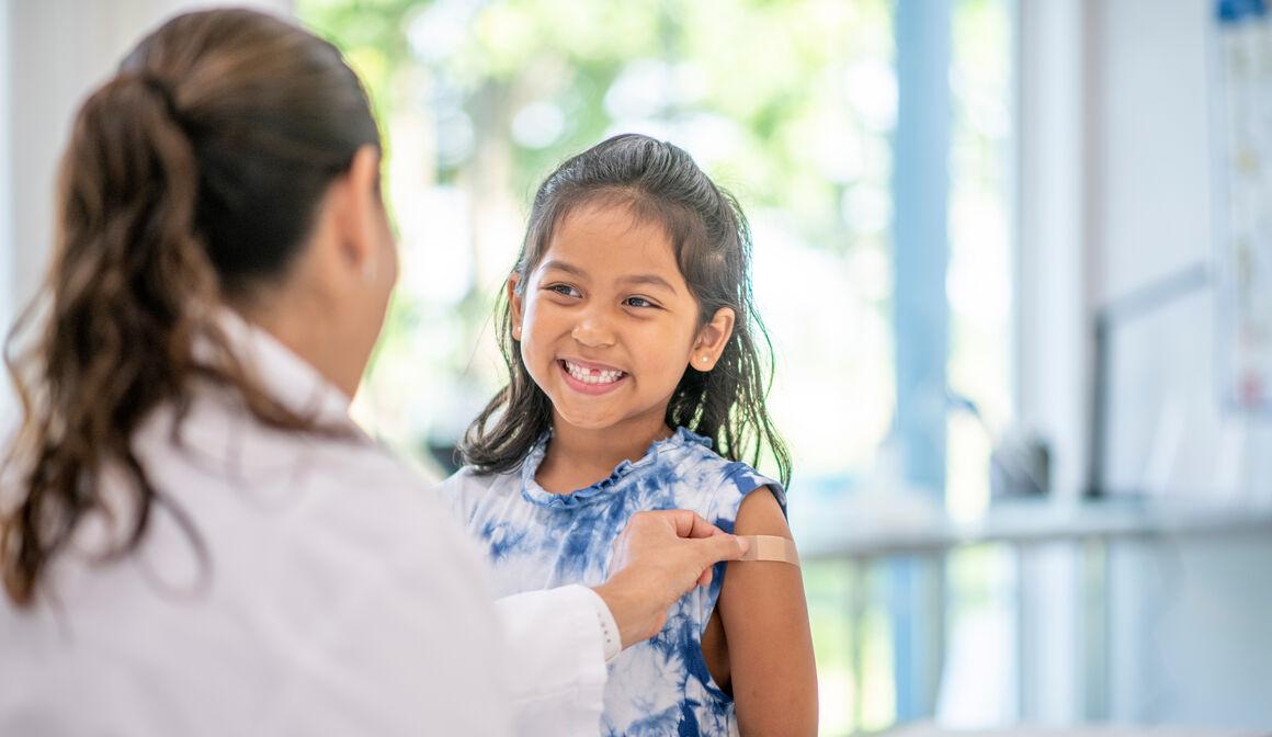 papilloma vírus vakcina biztonságos mit kell kezdeni a nyak papillómáival